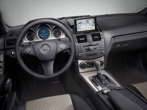 MERCEDES-BENZ C-Class W204 интерьер